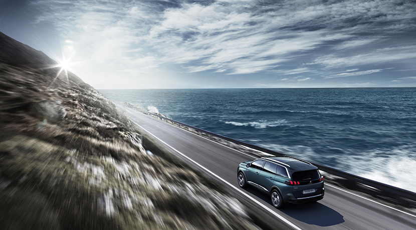 El nuevo Peugeot 5008 se transforma en un SUV siguiendo la estela de sus rivales 12