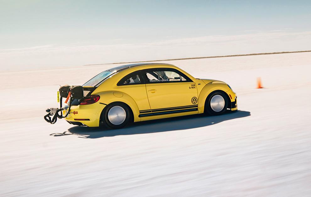 El Volkswagen Beetle LSR que alcanza 328 km/h: El escarabajo que vuela bajo 2