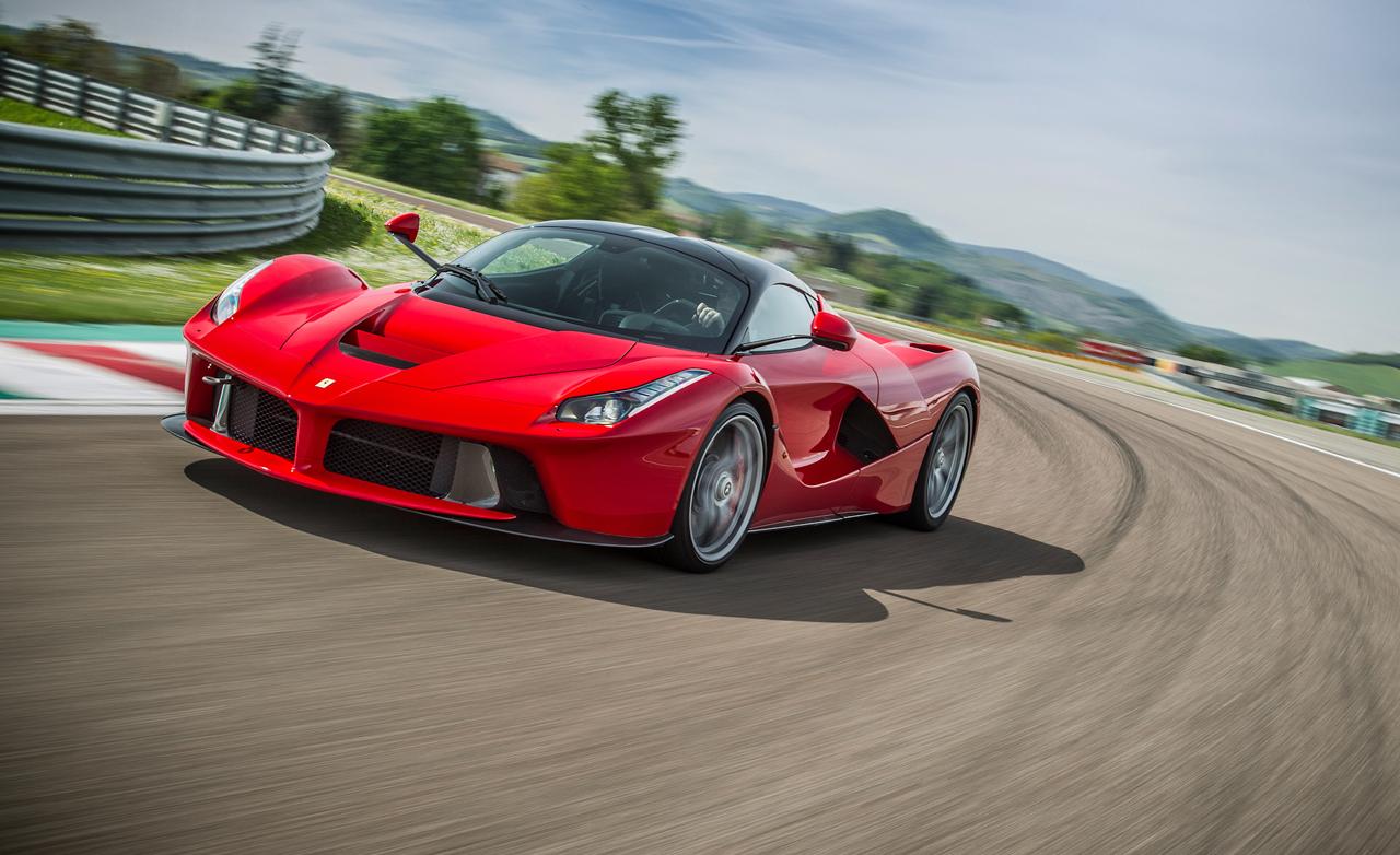 Ferrari pone fecha límite al sucesor del LaFerrari