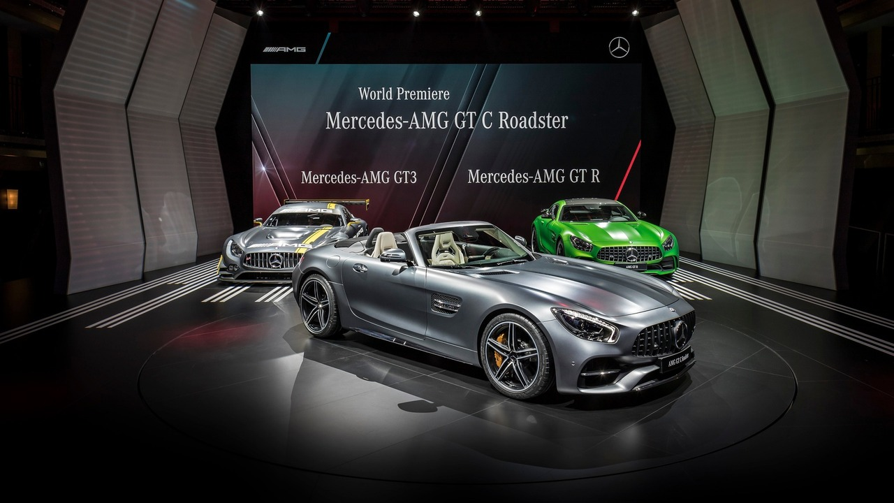 mercedes-amg-gt-c-roadster-at-paris-motor-show-2