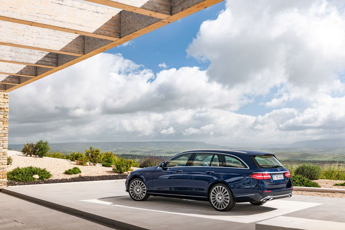 Mercedes Clase E Estate 2017: La variante familiar con 670 litros de maletero llega a partir de 52.100 euros 1