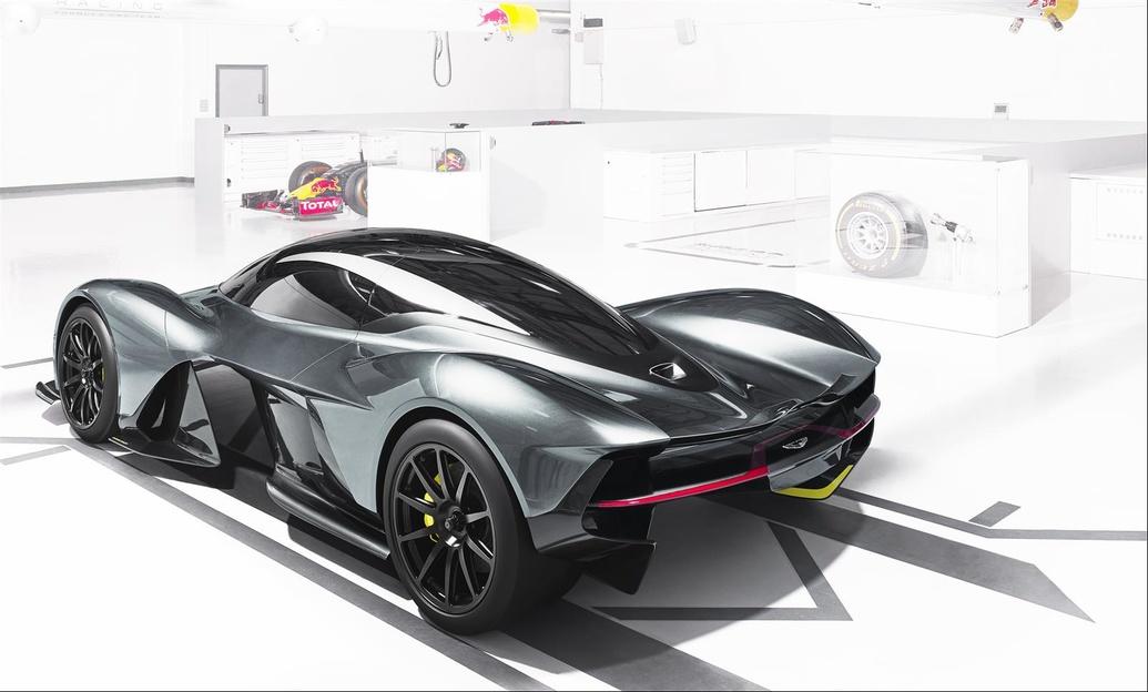 El Aston Martin AM-RB 001 será un Fórmula 1 de calle 2