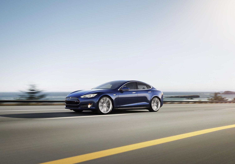 Tesla da el campanazo: Tendrá coches completamente autónomos a partir del año 2018 1