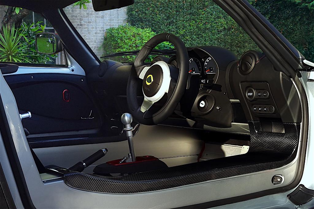 Así es el Lotus Exige más rápido de calle: Sport 380, con fibra de carbono por doquier 7
