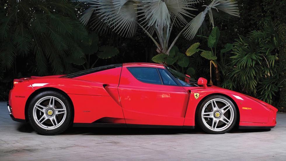 Este Ferrari Enzo tiene menos de 6.000 km, es de Tommy Hilfiger y va a salir a subasta 2
