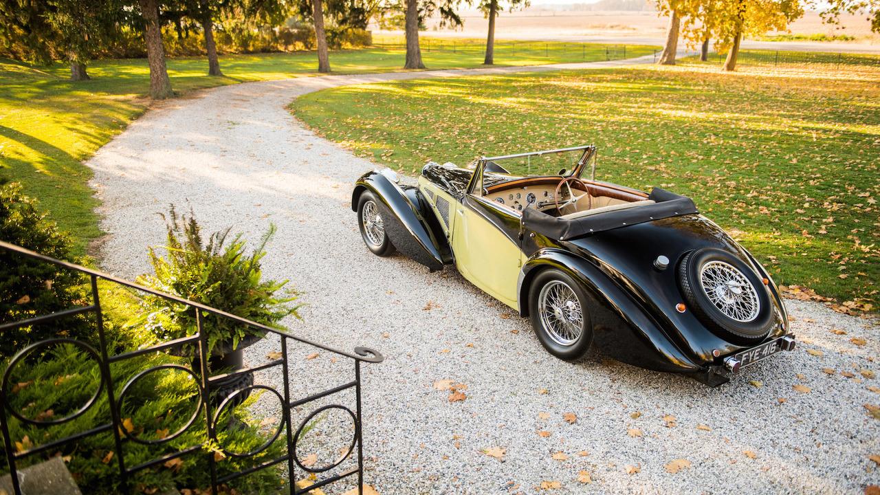 1937-bugatti-type-57s-cabriolet-2