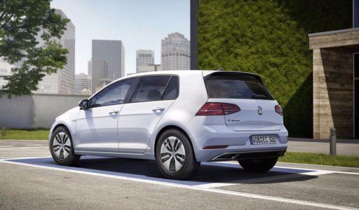 Volkswagen e-Golf 2017: Ahora con 300 kilómetros de autonomía y más potencia