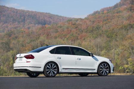 Volkswagen Passat GT Concept: Con el motor VR6 con su 3.6 de seis cilindros y 280 CV