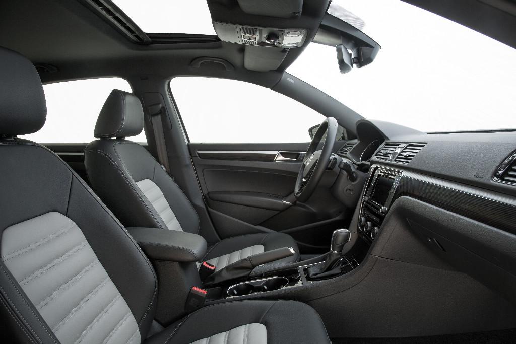 Volkswagen Passat GT Concept: Con el motor VR6 con su 3.6 de seis cilindros y 280 CV 6