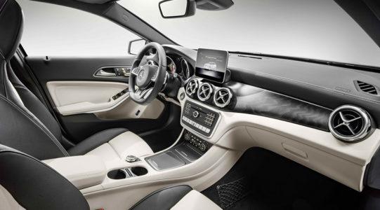 Mercedes-AMG GLA 2017: El SUV renueva su cara para seguir afianzando su éxito