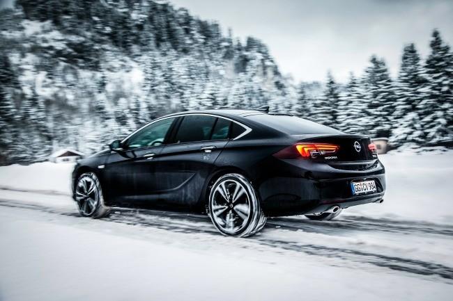 Tracción integral con reparto vectorial del par para el nuevo Opel Insignia Grand Sport