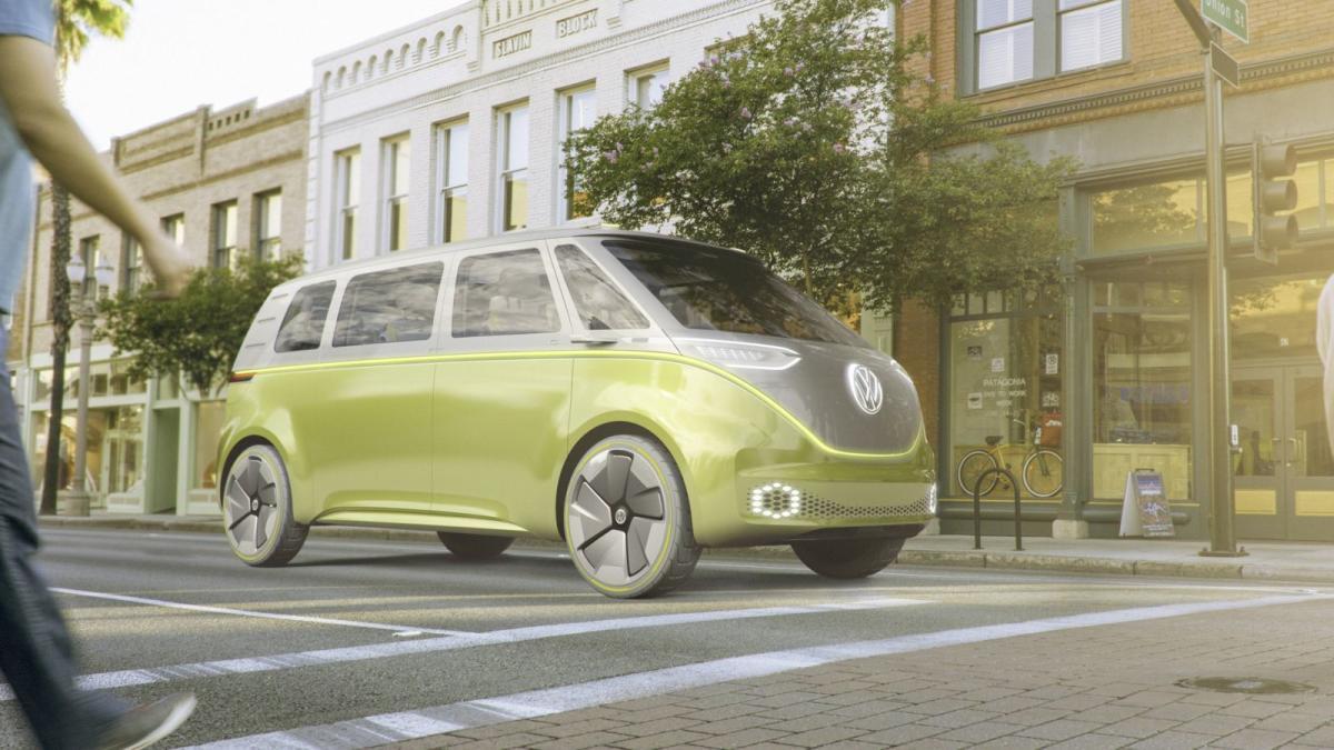 volkswagen-i-d-buzz-concept-la-kombi-mas-hippie-con-600-kilometros-de-autonomia-de-origen-electrico-01