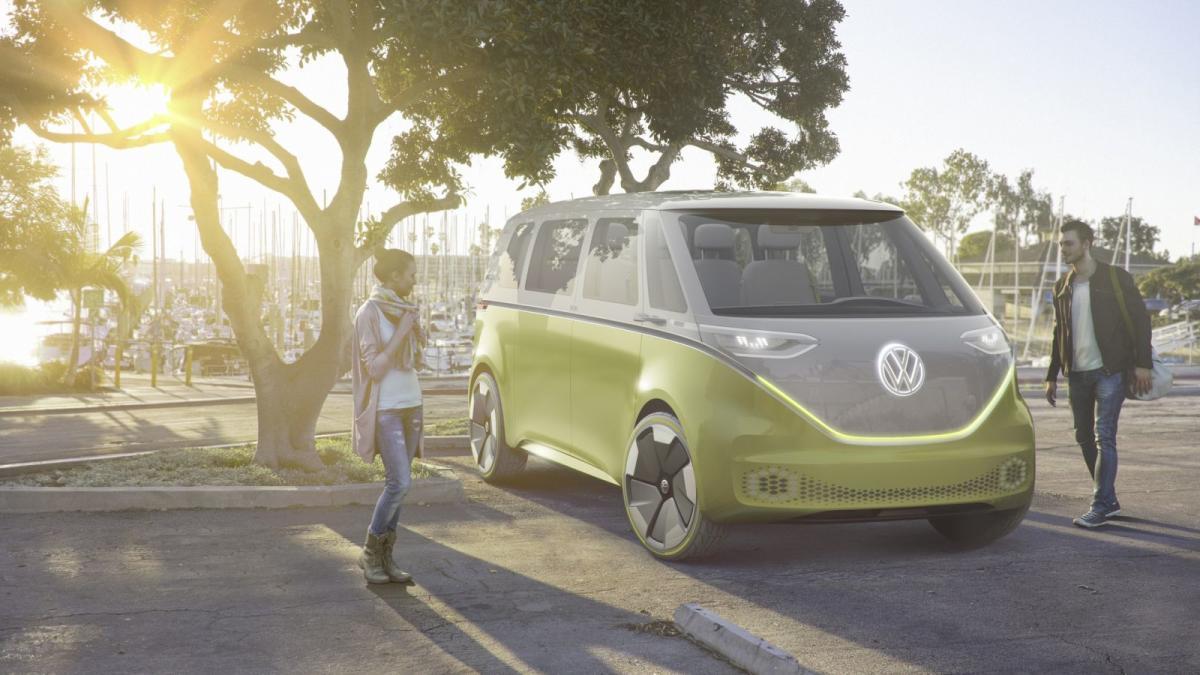 volkswagen-i-d-buzz-concept-la-kombi-mas-hippie-con-600-kilometros-de-autonomia-de-origen-electrico-06