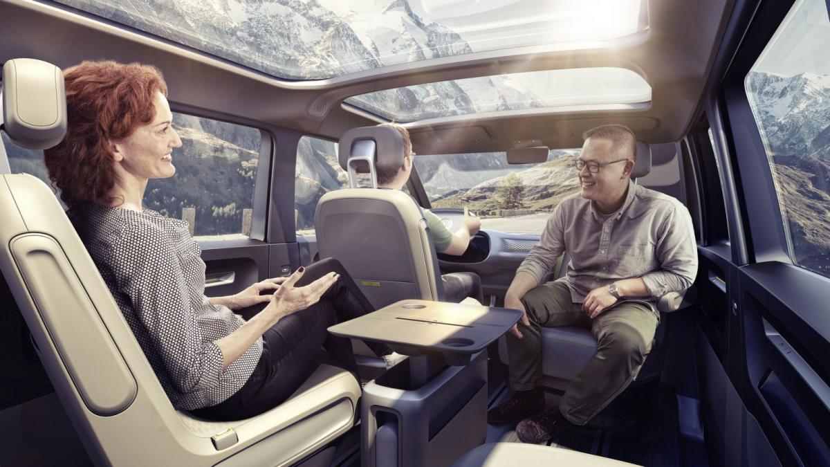volkswagen-i-d-buzz-concept-la-kombi-mas-hippie-con-600-kilometros-de-autonomia-de-origen-electrico-18