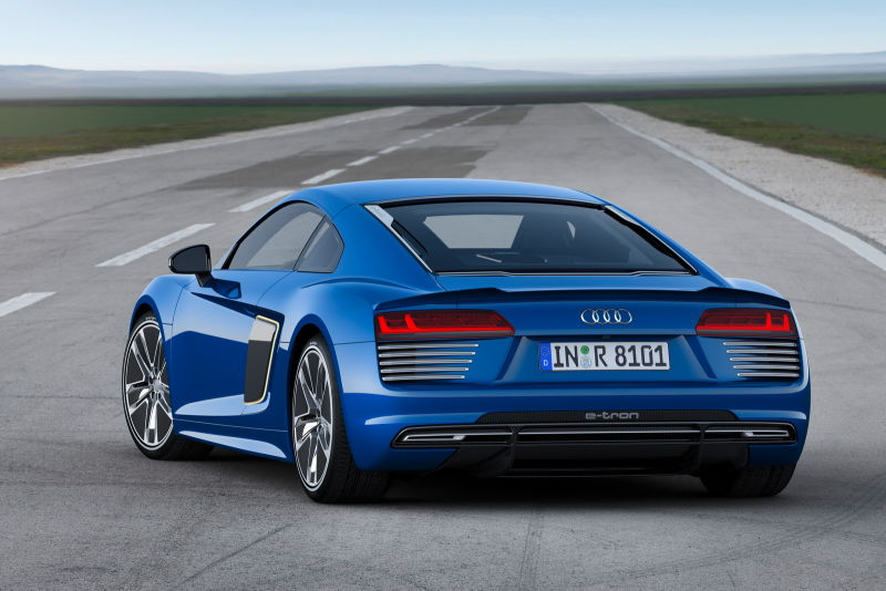 Audi lanzará un superdeportivo híbrido en solo unos años, también Lamborghini