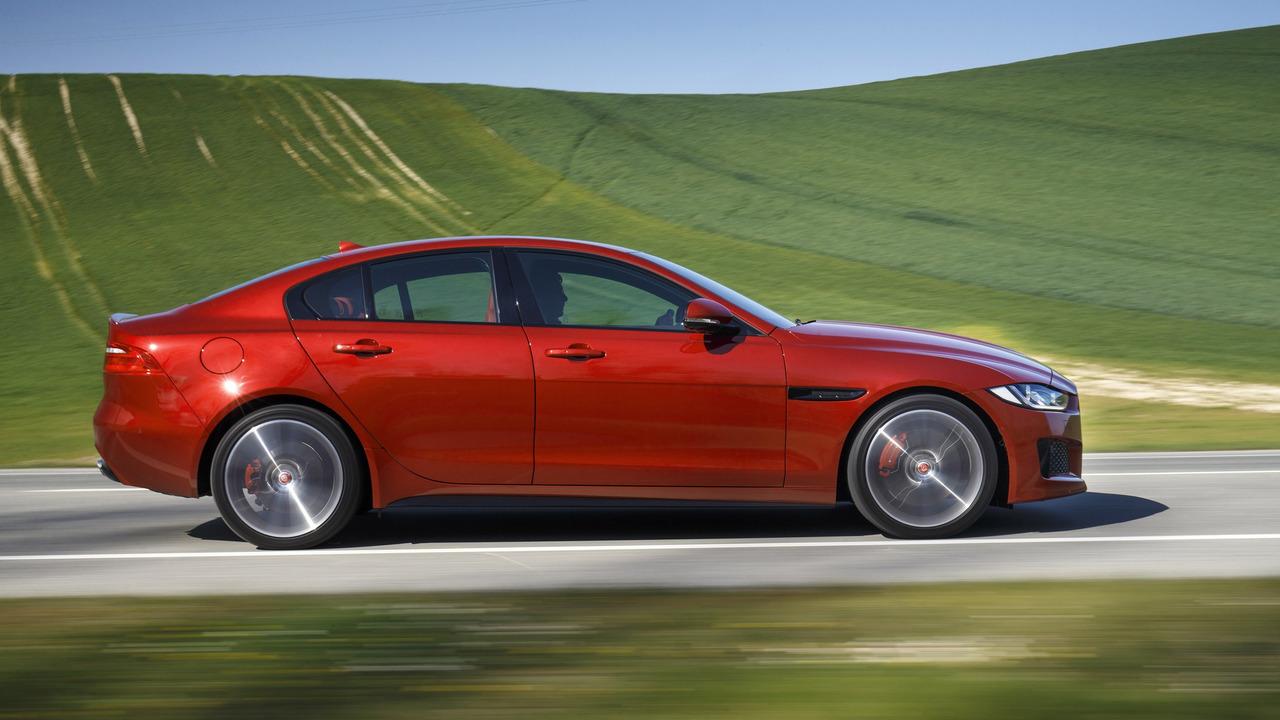 El Jaguar XE SVR es solo cuestión de tiempo, superará los 500 caballos