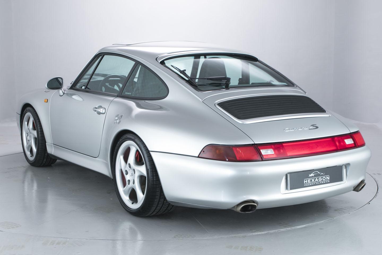El nuevo Porsche 911 estará inspirado en el Mission E y también en el 993, nueva información
