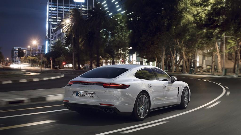 Porsche no cierra la puerta a un posible Panamera Coupé