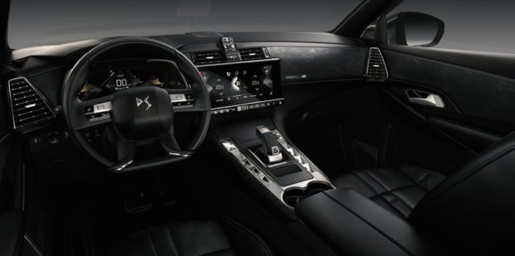 DS7 Crossback: Así es el SUV francés con motores de hasta 300 CV y conducción autónoma
