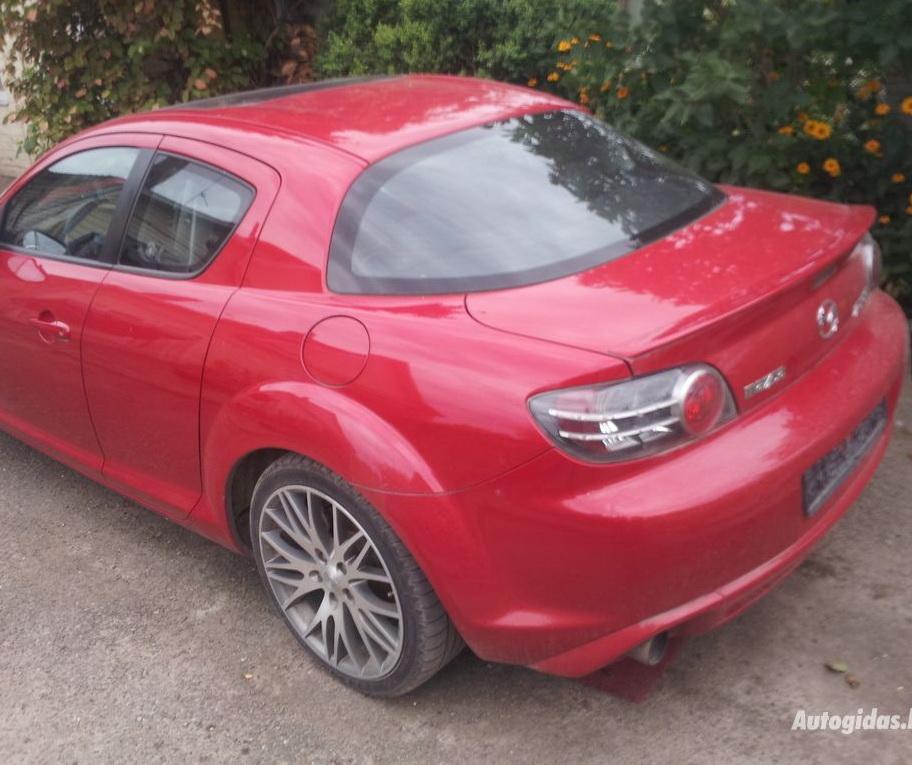 ¿Te gastarías 3.500 euros en un Mazda RX-8 con motor 1.4 de Renault?