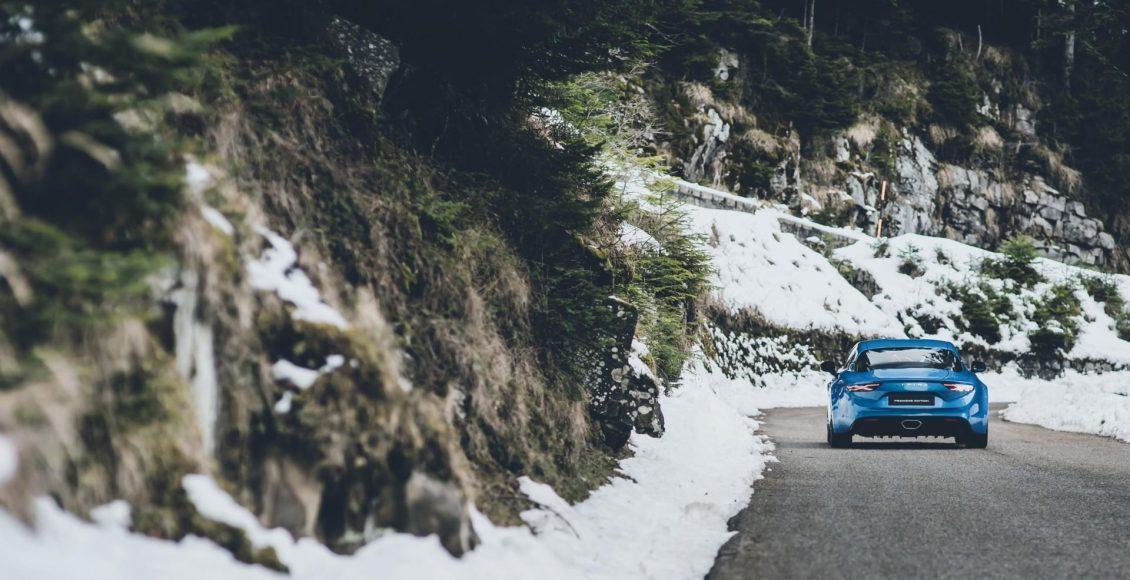 video-asi-suena-el-motor-1-8-de-252-cv-del-alpine-a110-en-col-de-turini-15