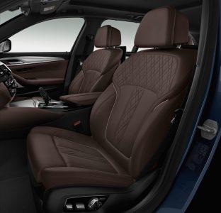 BMW M550d xDrive: Cuatro turbos, 400 CV de potencia y el cuño de M Performance