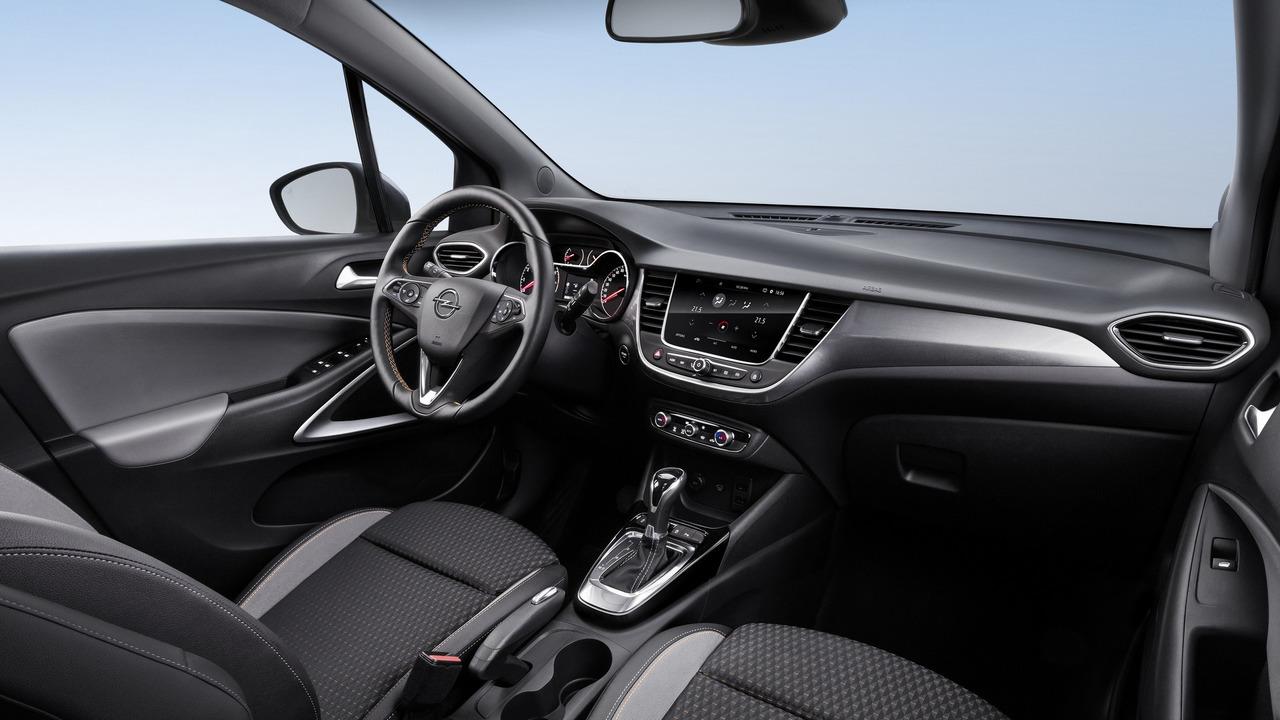Opel Crossland X 2017: El reemplazo del Meriva parte de los 18.042 euros