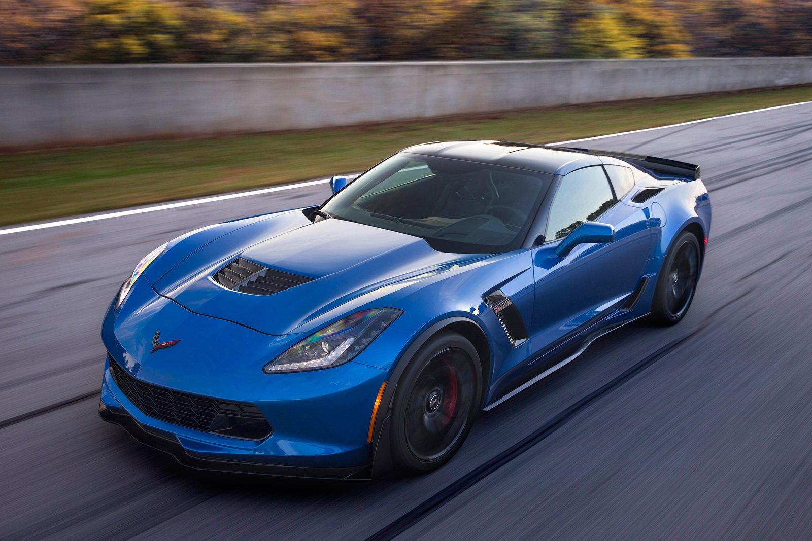 Chevrolet apunta muy alto con el Corvette C8, más allá del motor central