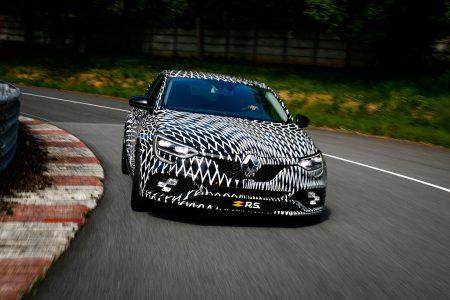 Renault Mégane R.S. 2018: Estará disponible tanto con cambio de doble embrague como con cambio manual