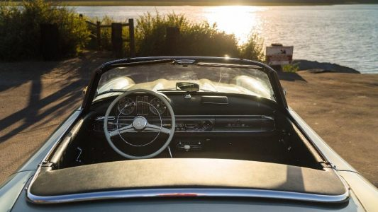 A subasta un Mercedes 300 SL Roadster de 1960 que podría superar el millón de euros