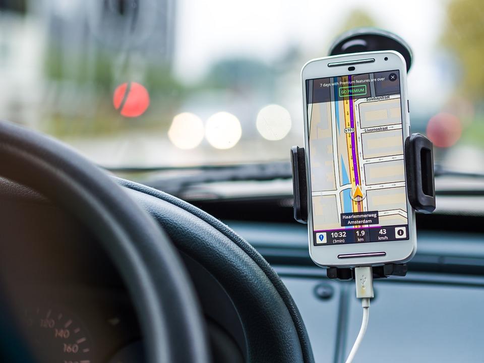 ¿Cuántas horas nos hacen perder al año las directrices incorrectas de los navegadores GPS? Según un estudio, 29 horas...