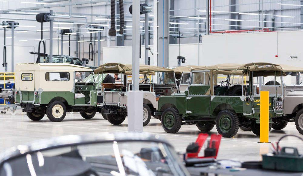 espectacular-asi-es-el-nuevo-talleres-de-clasicos-de-jaguar-land-rover-bautizado-como-classic-works-23