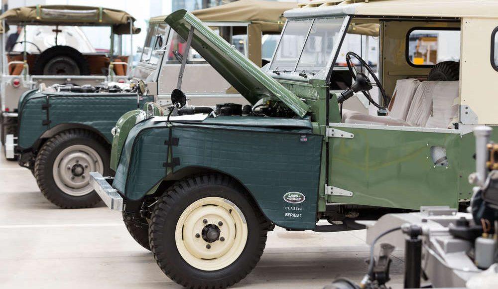 espectacular-asi-es-el-nuevo-talleres-de-clasicos-de-jaguar-land-rover-bautizado-como-classic-works-28