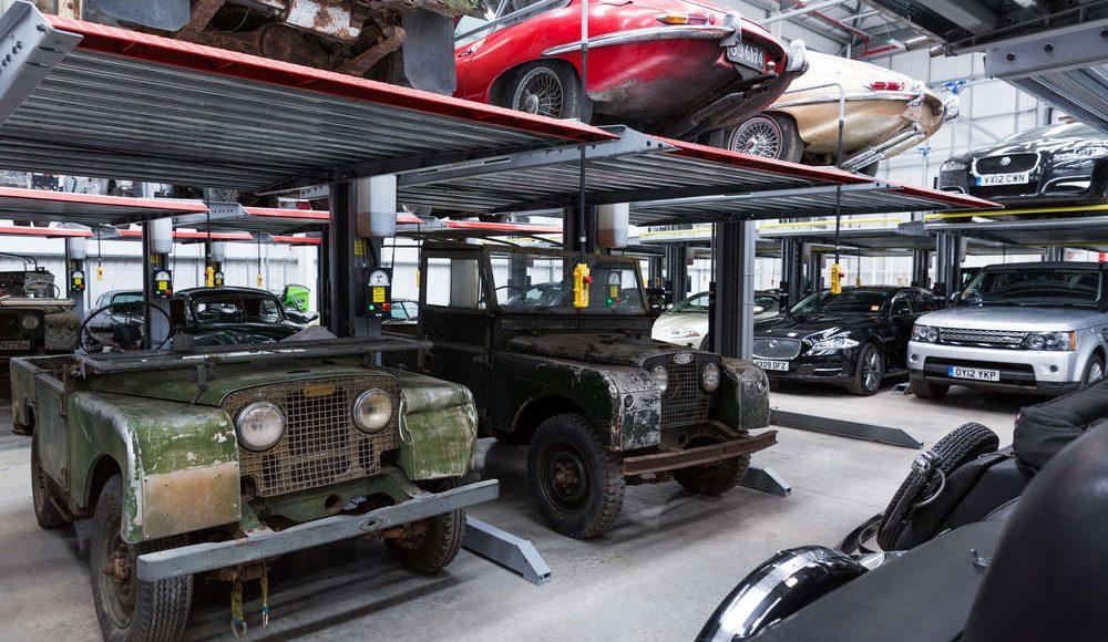 espectacular-asi-es-el-nuevo-talleres-de-clasicos-de-jaguar-land-rover-bautizado-como-classic-works-30