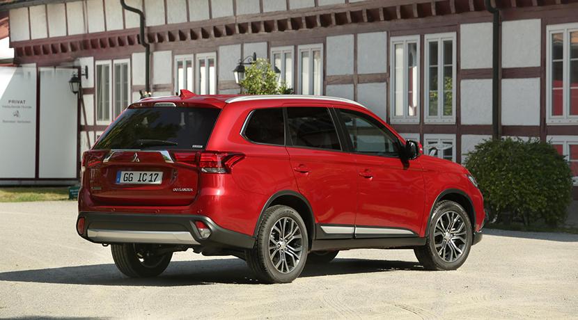 Llega el motor gasolina a la variante de siete plazas del Mitsubishi Outlander: La alternativa a la variante híbrida