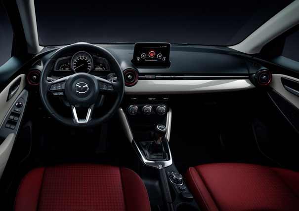 Mazda2 2017 Sport Red Edition: Con el sistema de vectorización del par G-Vectoring Control de serie