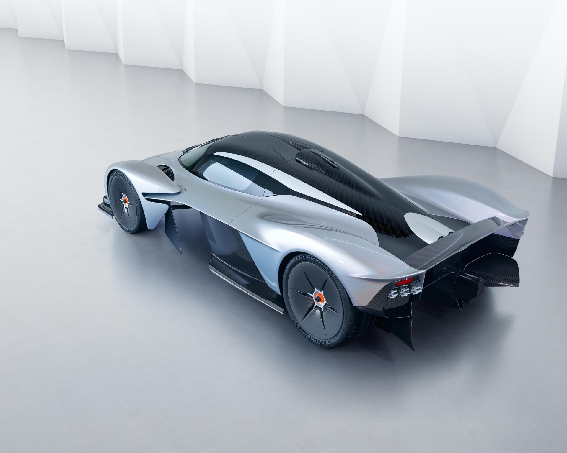 Aston Martin ya trabaja en el reemplazo del Valkyrie: llegará en 2019