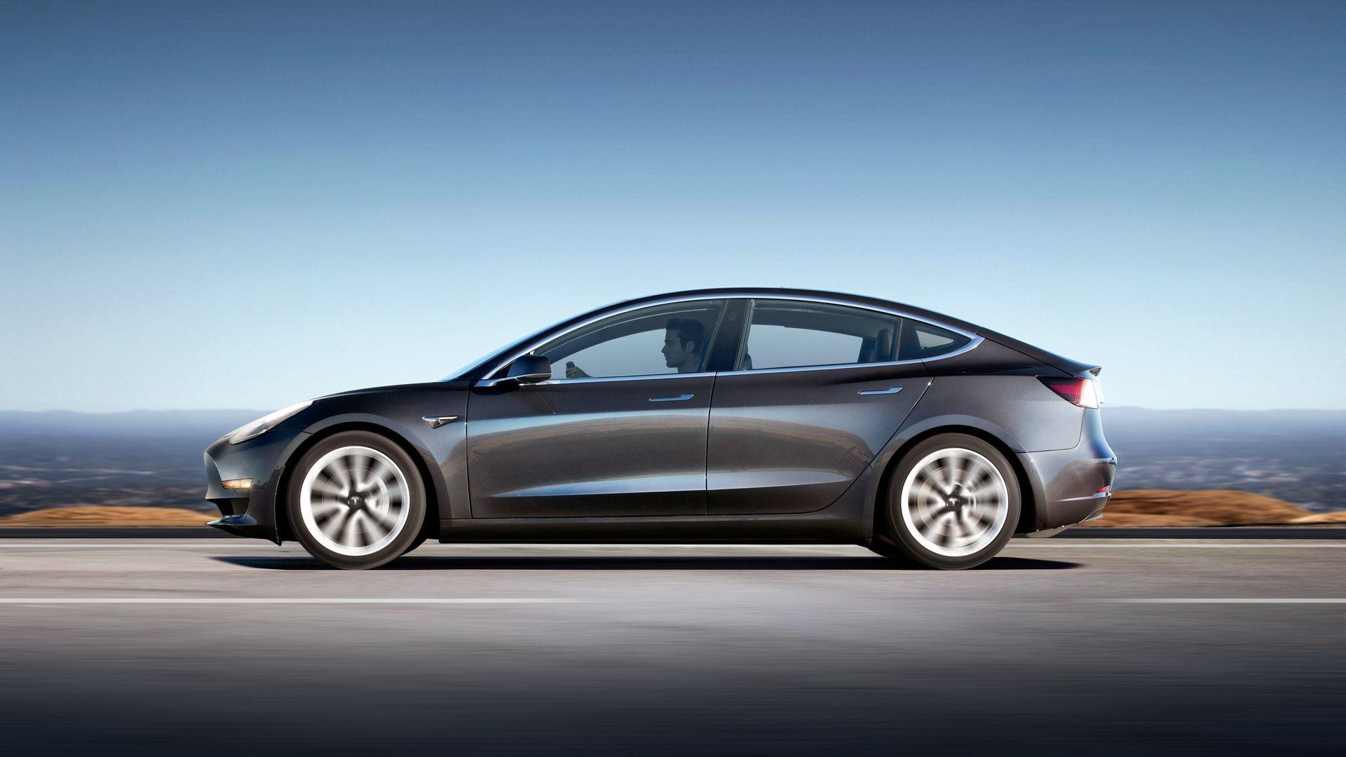 Tesla continúa con serios problemas en la producción del Model 3