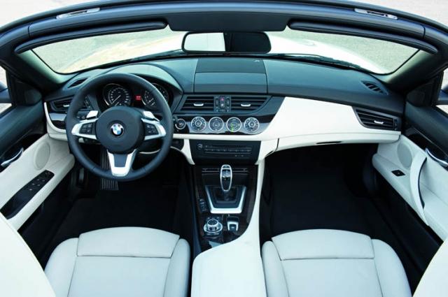 ¿Te imaginas arrancar tu coche gracias a un microchip implantado en tu mano? Ya es posible...