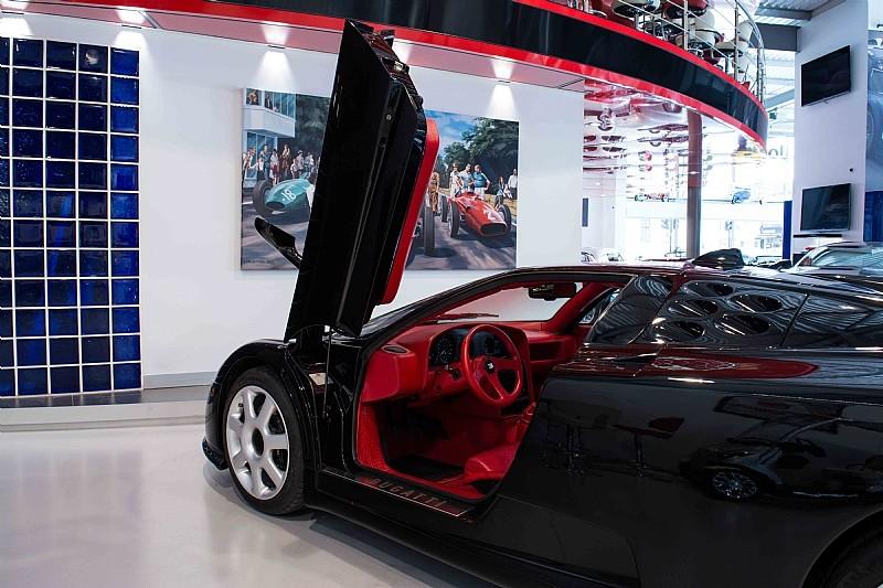 un-raro-bugatti-eb110-ss-dauer-con-1-050-kilometros-sale-a-la-venta-en-londres-por-1-millon-de-euros-08