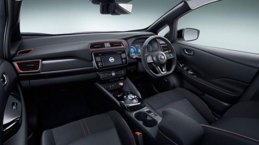 Así es el Nissan Leaf NISMO Concept: ¿Puede el Leaf mejorar sus pretensiones deportivas?