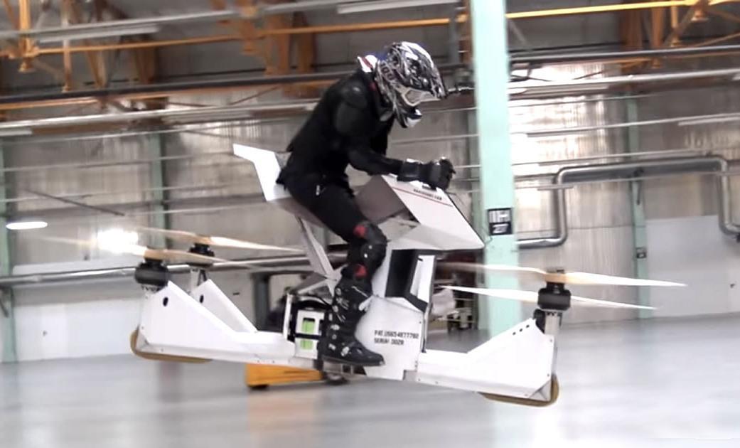 Así es la moto voladora con la que patrullará el año que viene la policía de Dubái