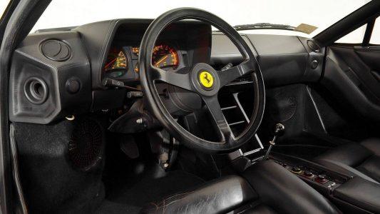 A la venta un Ferrari Testarrosa descapotable que empleó Michael Jackson