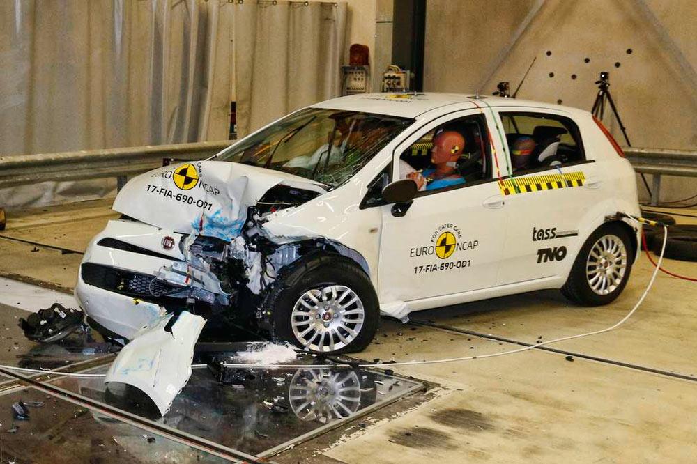 El Fiat Punto ha obtenido cero estrellas Euro NCAP: El único coche en lograrlo en 20 años