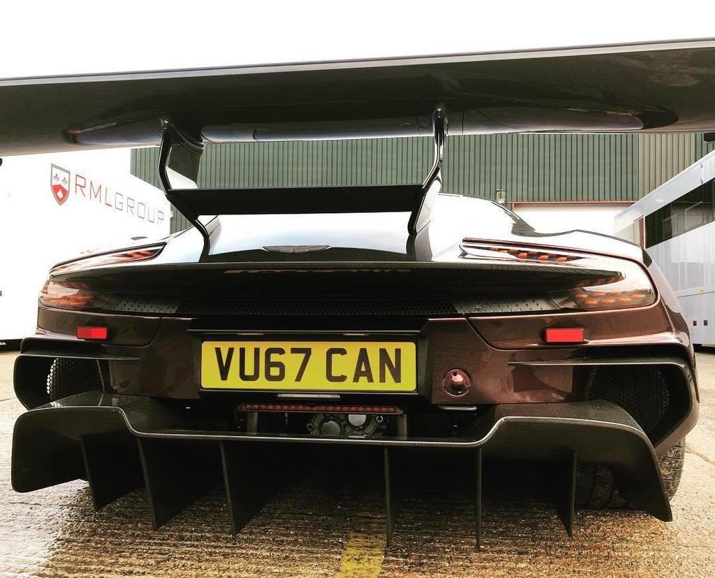 Ya puedes circular con tu Aston Martin Vulcan fuera del circuito gracias a RML Group