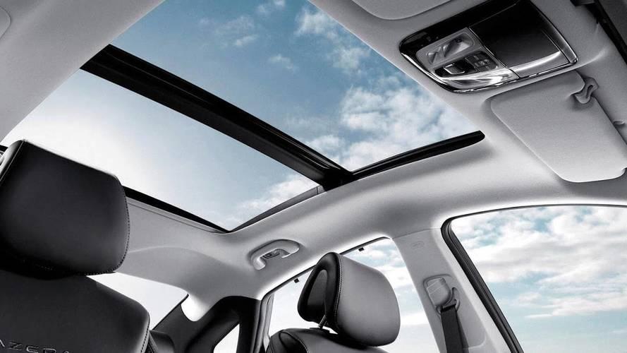 Así es el primer airbag para techos panorámicos patentado por Hyundai