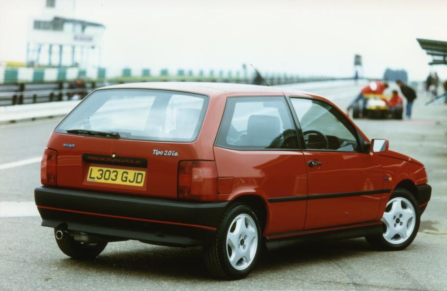 El Fiat Tipo cumple 30 años y lo hace en plena forma: ¿Cuáles son sus raíces?