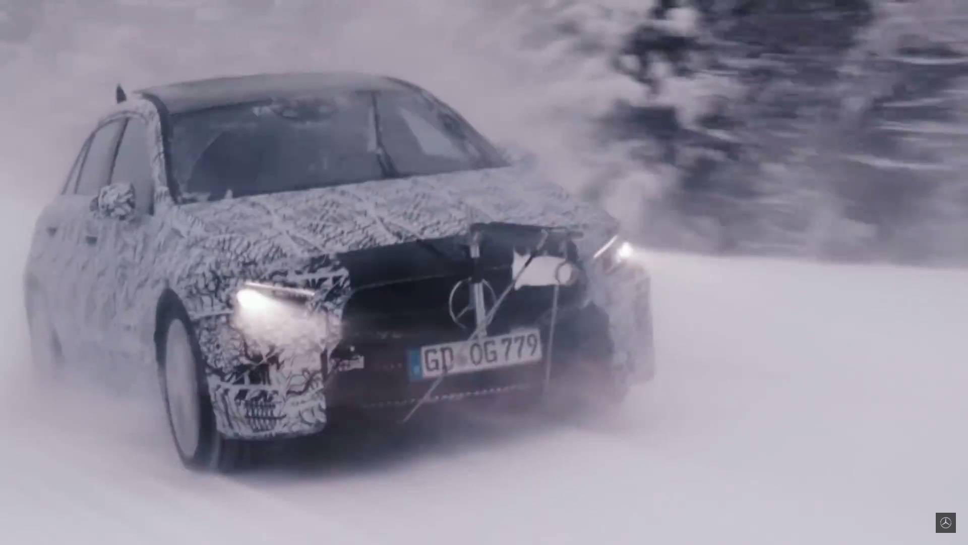 Mercedes nos enseña el nuevo Clase A en pruebas extremas
