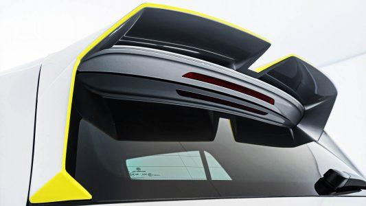 ¿Qué harías si te persigue un Volkswagen Golf R de la policía con 400 CV?