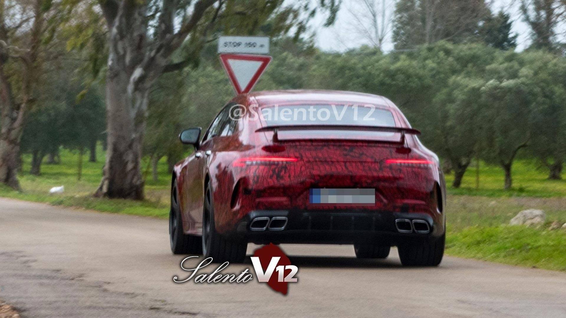 Fotos espía del Mercedes AMG GT sedán: al descubierto